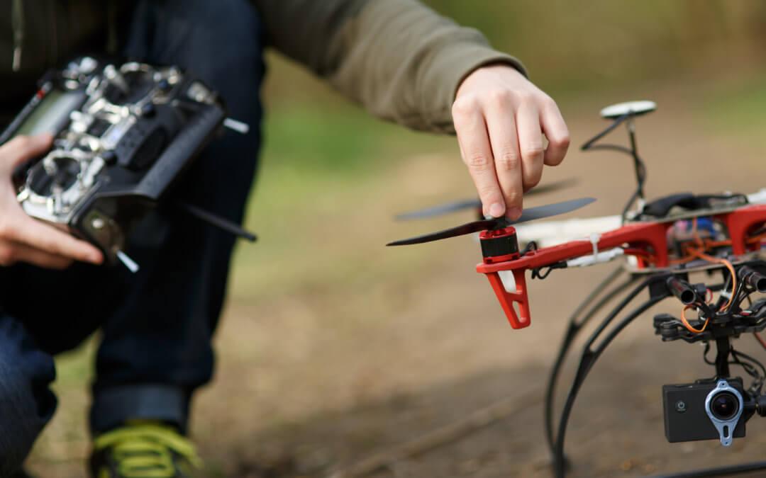 Mécatronique – Montage d'un drone racer